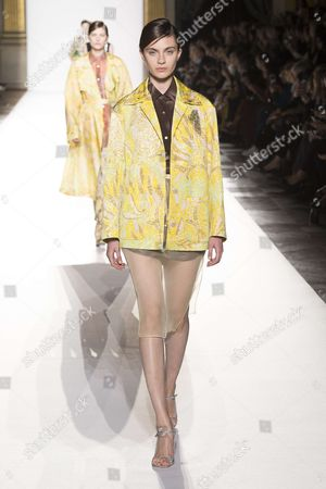 Editorial picture of Dries Van Noten show, Runway, Spring Summer 2018, Paris Fashion Week, France - 27 Sep 2017