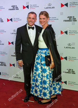Actor David Eigenberg and wife Chrysti Eigenberg walk the red carpet during the 2015 James Beard Awards at Lyric Opera of Chicago on in Chicago