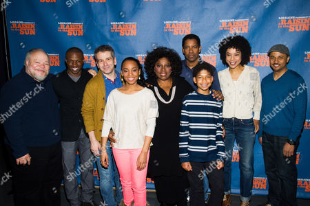 "Cast members, from left, Stephen McKinley, Sean Patrick Thomas, David Cromer, Anika Noni Rose, LaTanya Richardson, Denzel Washington, Bryce Clyde Jenkins, Sophie Okonedo and Jason Dirden appear at a press opportunity for the upcoming Broadway production of ""A Raisin in the Sun"" on in New York"