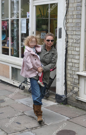 Geri Halliwell and daughter Bluebell Madonna shopping