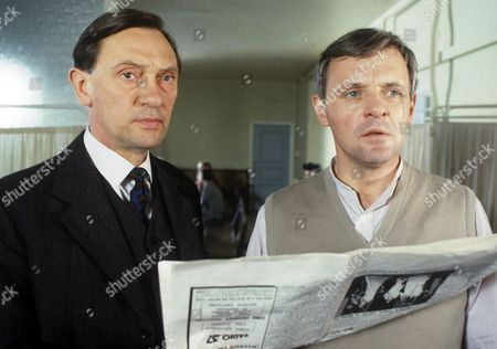 'Arch of Triumph'  TV - 1985 - Richard Pasco and Anthony Hopkins.