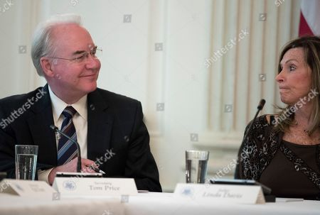 Tom Price, Linda Davis. Secretary of Health and Human Services Tom Price, left, with Macomb County District Judge Linda Davis, attends an opioid roundtable discussion at the White House in Washington, . First lady Melania Trump has invited experts and people affected by addiction to opioids to the White House for a listening session and discussion about the epidemic
