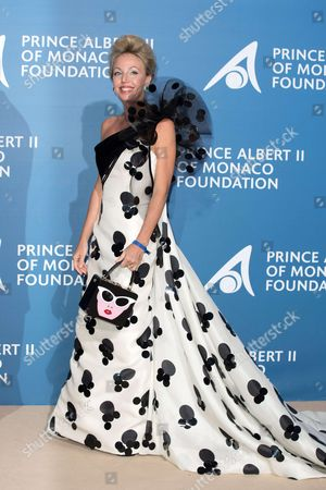 "Princess Camilla of Bourbon-Two Sicilies "" Duchess of Castro"""