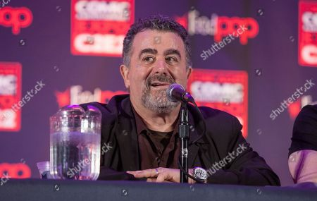 Actor Saul Rubinek during the Warehouse 13 panel at the Chicago Comic & Entertainment Expo at McCormick Place, in Chicago