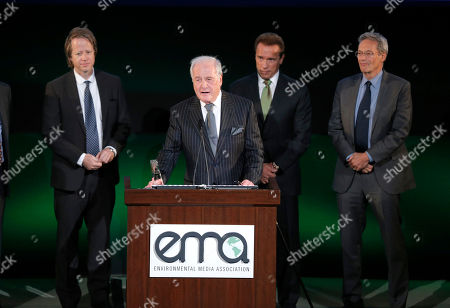 Jerry Weintraub onstage at the 24th Annual Environmental Media Awards at Warner Bros. Studios on in Burbank, Calif
