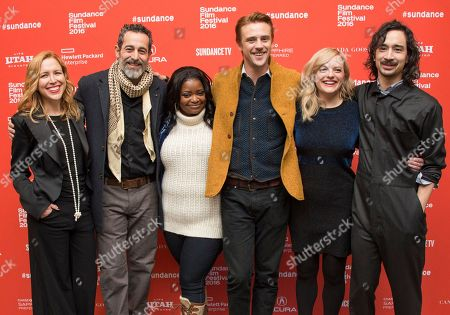"""From left, producer Laura Rister, actor Waleed Zuaiter, actress Octavia Spencer, actor Boyd Holbrook, actress Elisabeth Moss and writer/director Jason Lew pose at the premiere of """"The Free World"""" during the 2016 Sundance Film Festival, in Park City, Utah"""
