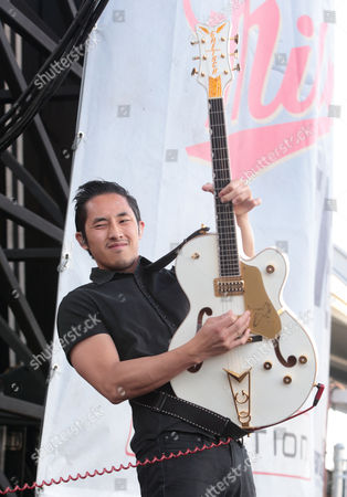 Steven Chen of The Airborne Toxic Event performs in concert during the Radio 104.5 Summer Block Party at Festival Pier, in Philadelphia