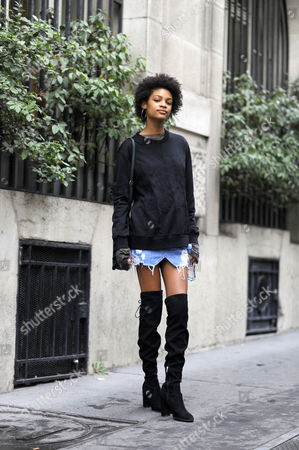 Model Theresa Hayes Chloe Street Style