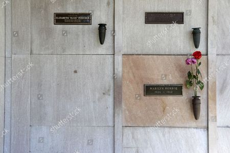 The crypt next to US actress Marilyn Monroe's grave where the late Playboy founder Hugh Hefner will be buried is pictured at the Pierce Brothers Westwood Village Memorial Park and Mortuary in Los Angeles, California, USA, 29 September 2017.  Hefner bought the plot in 1992 for $75,000 and has said 'Spending eternity next to Marilyn is too sweet to pass up'.   Hefner died of natural causes at the age of 91 in Los Angeles on 27 September 2017.