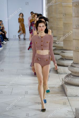 Editorial picture of Veronique Leroy show, Runway, Spring Summer 2018, Paris Fashion Week, France - 30 Sep 2017