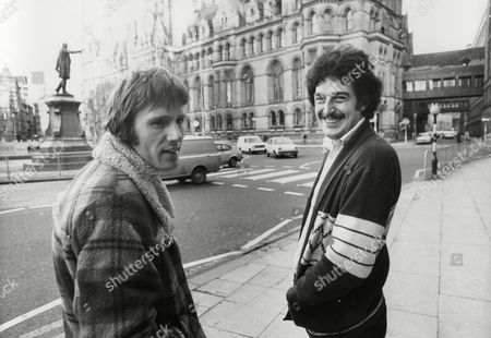 Mick Coleman (l) And Brian Burke Singing Duo Known As Burke And Jerk Who Wrote And Sang The Song 'matchstalk Men And Matchstalk Cats And Dogs'. Box 754 80205177 A.jpg.