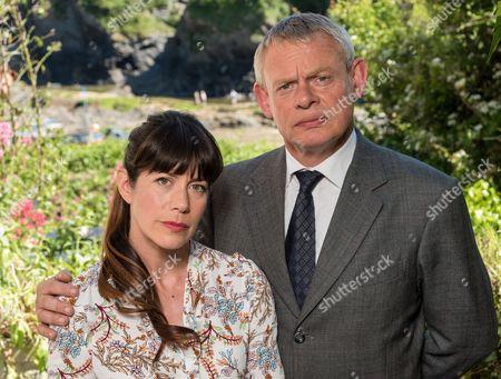 (SR8: Ep5) - Martin Clunes as Doc Martin and Caroline Catz as Louisa.