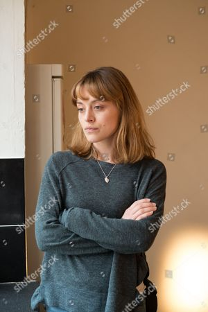 (Ep6) - Zoe Tapper as Katy Sutcliffe.