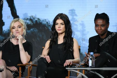 """Actors Eliza Taylor, from left, Marie Avgeropoulos and Adina Porter participate in """"The 100"""" panel at the The CW 2016 Winter Television Critics Association, in Pasadena, Calif"""