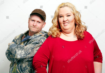 June Shannon, right, aka Mama June, and Mike Thompson, aka Sugar Bear, pose for a portrait in New York, NY. Shannon and Thompson are on the new season of Marriage Bootcamp Reality Stars on We
