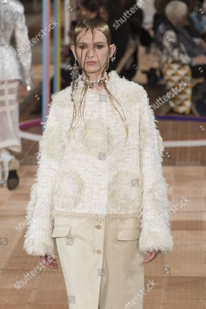 Editorial picture of Alexander McQueen show, Runway, Spring Summer 2018, Paris Fashion Week, France - 02 Oct 2017