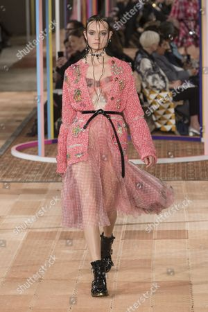 Stock Picture of Nimue Smit on the catwalk