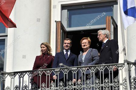 Svetlana Medvedeva, Russian President Dmitry Medvedev, Finland's President Tarja Halonen and Dr Pentti Arajarvi
