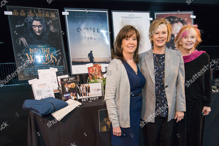 """Cyd Wilson, left, JoBeth Williams and Shelley Fabares working at the SAG Awards """"behind the scenes day"""" held at the L.A. Shrine Exposition Center, in Los Angeles"""