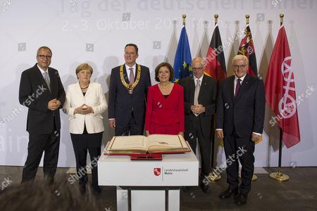 Prof. Dr. Andreas Voßkuhle,  Angelika Merkel ,  Michael Ebling, Malu Dreyer , Bundestagspräsident Norbert Lammert, Frank Walter Steinmeier