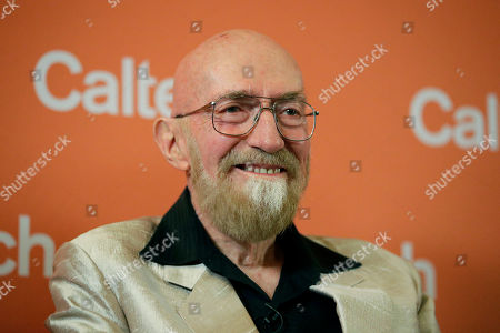 Scientist Kip Thorne, of the California Institute of Technology, smiles during a news conference, in Pasadena, Calif. Thorne won the Nobel Physics Prize on Tuesday for detecting faint ripples flying through the universe, the gravitational waves predicted a century ago by Albert Einstein that provide a new understanding of the universe
