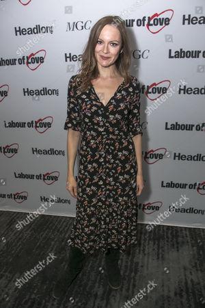 Rachael Stirling (Elizabeth Lyons)