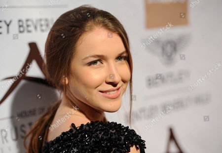 """Nathalia Ramos poses at the Beverly Hills Chamber of Commerce's """"EXPERIENCE - EastMeetsWest"""" event, in Beverly Hills, Calif"""