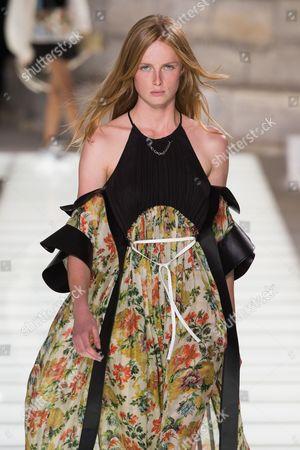 Stock Photo of Rianne ten Haken van Rompaey on the catwalk