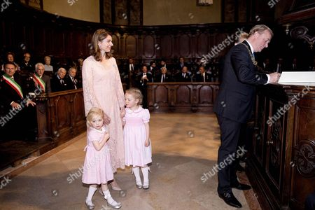 Prince Carlos of Bourbon-Parma and Princess Anne Marie de Bourbon  Princess Luisa, Markiezin of Castell Arquato and Princess Cecilia, Countess of Berceto