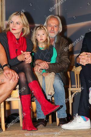 Saskia Valencia, Siemen Ruehaak with son Giacomo