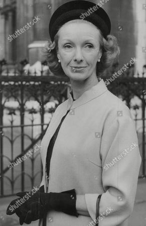 Actress Georgina Cookson At Divorce Court Where She Was Granted A Decree Nisi From Husband Lt. Col. Ernest Unwin On Grounds Of His Adultery. Box 757 718051745 A.jpg.