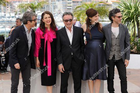From left, Leonardo Sbaraglia, Erica Rivas, Oscar Martinez, Maria Marull and Ricardo Darin during a photo call for Wild Tales (Relatos Salvajes) at the 67th international film festival, Cannes, southern France