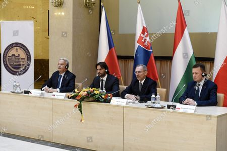 (L-R) Interior Ministers of the Visegrad Group (V4) countries Jiri Novacek of the Czech Republic, Robert Kalinak of Slovakia, Sandor Pinter of Hungary and Mariusz Blaczcsak of Poland hold a joint press conference following their meeting in the Ministry of Interior in Budapest, Hungary, 05 October 2017.