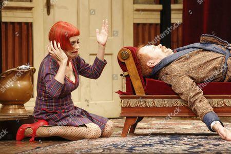 Guntbert Warns (Charles Haversham)(Charles Haversham), Anna Thalbach (Florence Colleymoore) (Florence Colleymore)
