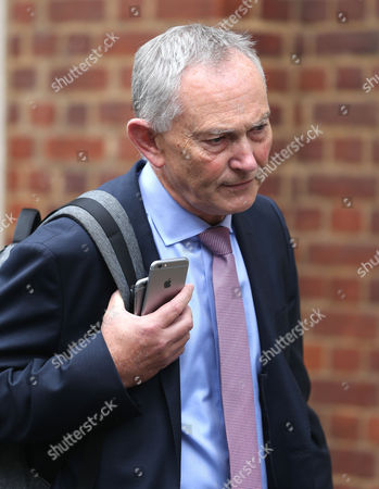 Premier League Chief Executive Richard Scudamore departs the Marriott Hotel In Grosvenor  Square, Mayfair, London after the Premier League summit meeting on the 4th October 2017.