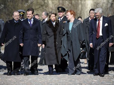 Russian President Dmitry Medvedev, Mrs Svetlana Medvedeva, Finnish President Tarja Halonen and Dr Pentti Arajarvi