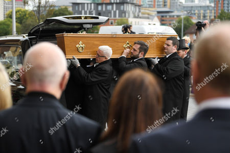 Stock Image of Liz Dawn coffin
