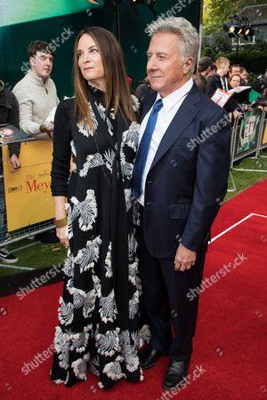 Lisa Gottsegen and Dustin Hoffman
