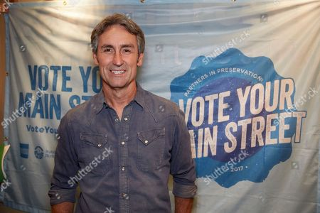 American Pickers star Mike Wolfe reminds his fans to #VoteYourMainStreet in Franklin, TN on October 6th, 2017 for Partners in Preservation: Main Streets, a campaign from American Express, the National Trust for Historic Preservation and Main Street America