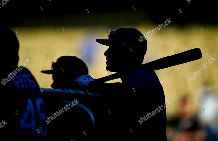 Los Angeles Dodgers right fielder Andre Ethier watches batting practice before Game 2 of baseball's National League Division Series against the Arizona Diamondbacks in Los Angeles