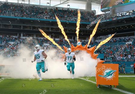 Editorial image of Titans Dolphins Football, Miami Gardens, USA - 08 Oct 2017