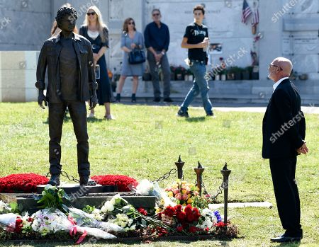Victor Yelchin. Viktor Yelchin, father of the late actor Anton Yelchin, looks at a newly unveiled statue of his son during a life celebration and statue unveiling for Yelchin at Hollywood Forever Cemetery, in Los Angeles. Yelchin died in June 2016 at the age of 27