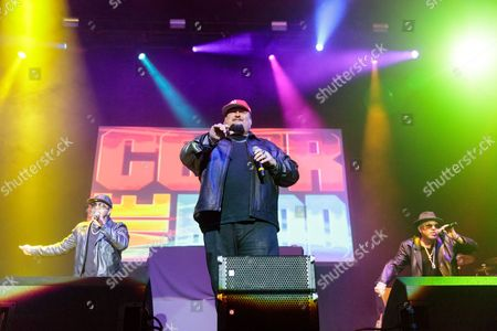 Color Me Badd perform