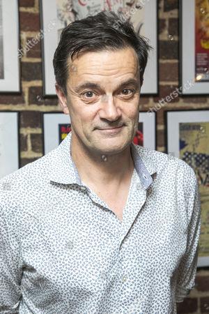 Tony Gardner (Michel)