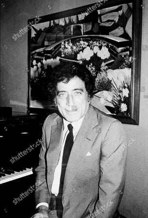 Editorial image of Tony Benett - 1982