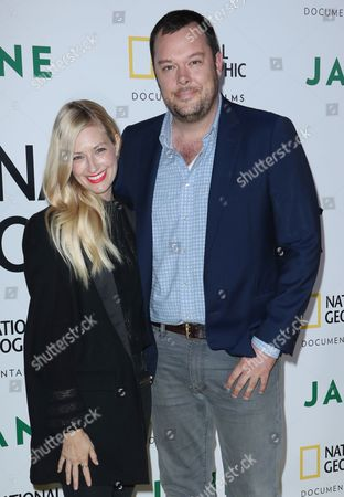 Stock Picture of Beth Behrs and Michael Gladis