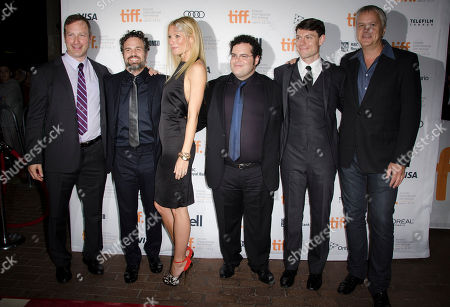 """Filmmaker Stuart Blumberg, actor Mark Ruffalo, actress Gwyneth Paltrow, actor Josh Gad, actor Patrick Fugit and actor Tim Robbins attend the """"Thanks For Sharing"""" premiere during the Toronto International Film Festival, in Toronto"""