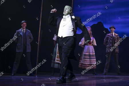 Shuler Hensley (The Monster) during the curtain call