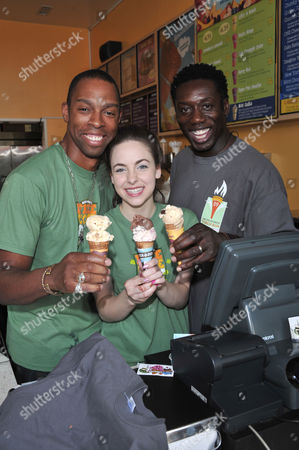 Editorial picture of Ben and Jerry's free ice cream give away, Los Angeles, America - 21 Apr 2009