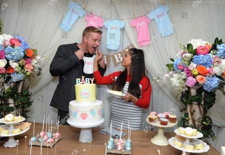 """Reality TV couple Sean and Catherine Lowe celebrate their pregnancy at the Dreft """"Loads of Love"""" baby shower, in New York. Visit Dreft.com and the brand's social channels for more information about the couple's parenting journey"""